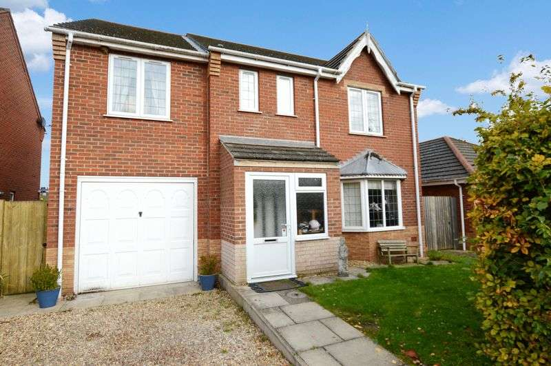 5 Bedrooms Detached House for sale in 4 Kenmore Drive, Woodhall Spa