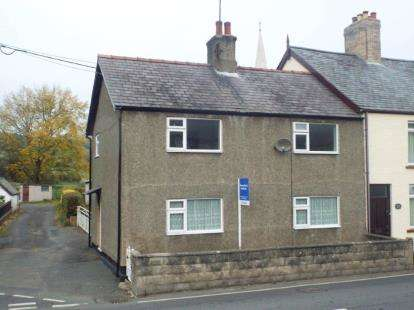 3 Bedrooms Semi Detached House for sale in Gwyddelwern, Corwen, Denbighshire, LL21