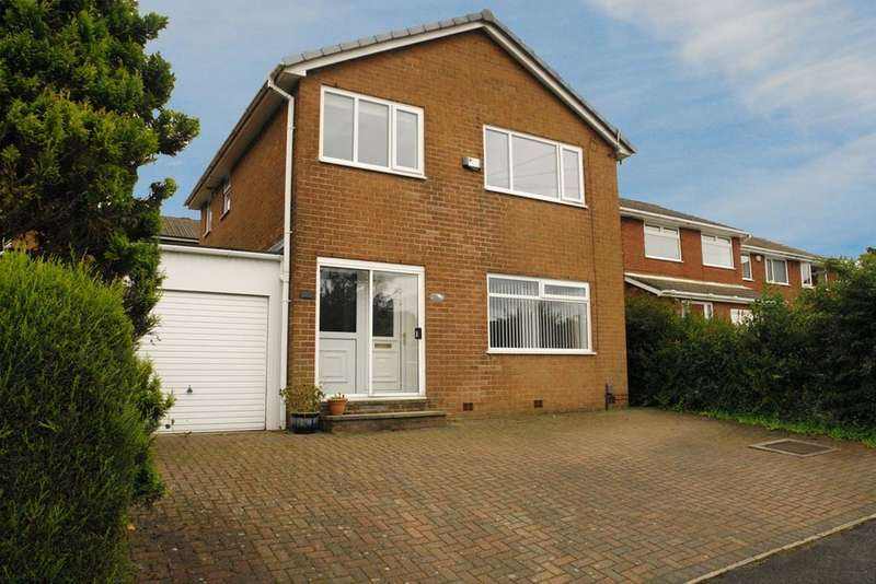 3 Bedrooms Semi Detached House for sale in 11 Meadow Rise, Shaw