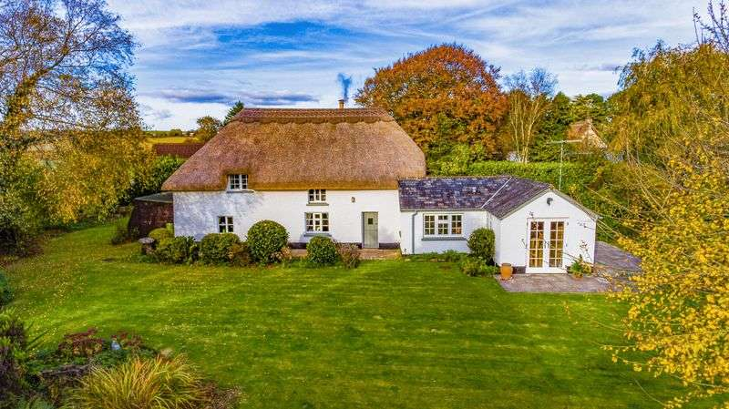 3 Bedrooms Cottage House for sale in Snows Cottage, Kennerleigh