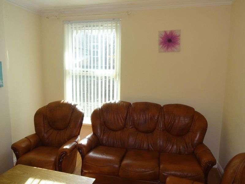 5 Bedrooms Semi Detached House for rent in Albert Grove, Nottingham