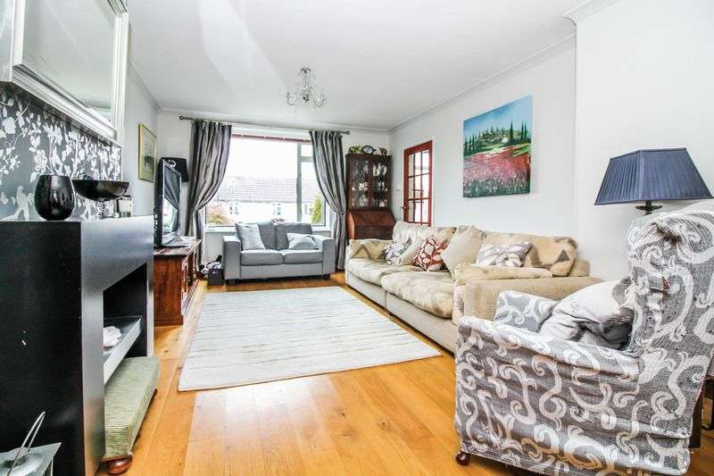 3 Bedrooms Semi Detached House for sale in Greenacres, Bath