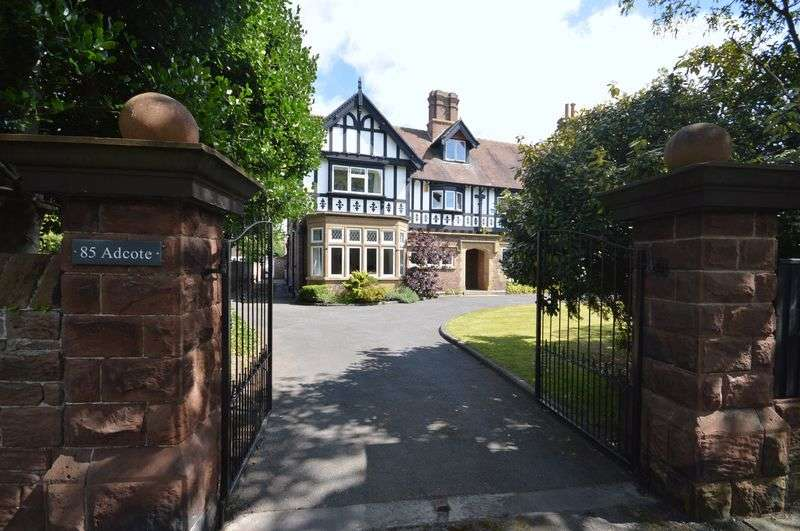 5 Bedrooms Semi Detached House for sale in Meols Drive, West Kirby