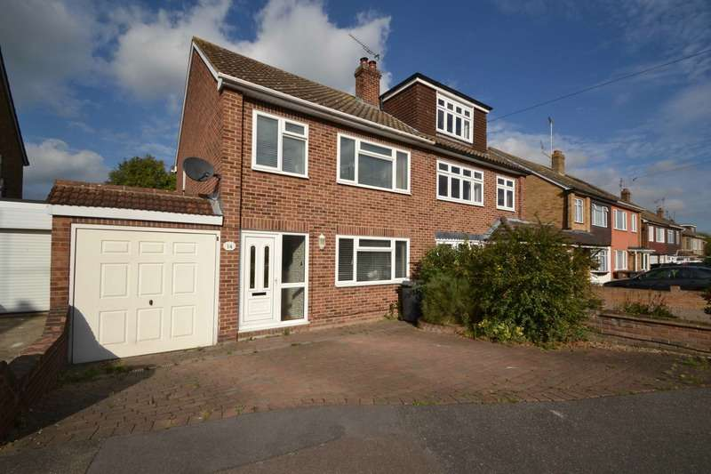 3 Bedrooms Semi Detached House for sale in Clare Avenue, Wickford, Essex, SS11