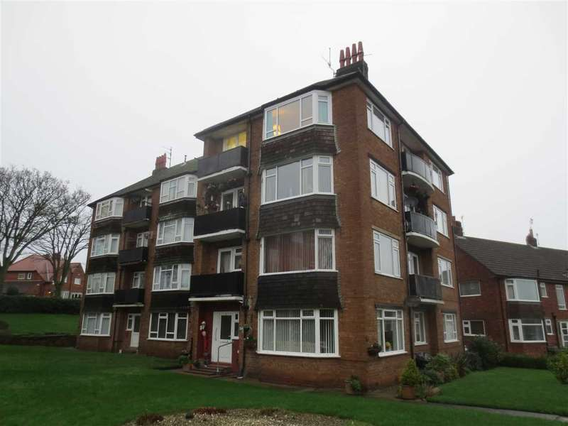 2 Bedrooms Apartment Flat for sale in North Lease Manor, Lowdale Avenue, Scarborough