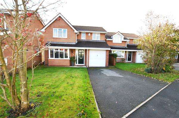 4 Bedrooms Detached House for sale in Ludford Close, Waterhayes, Newcastle