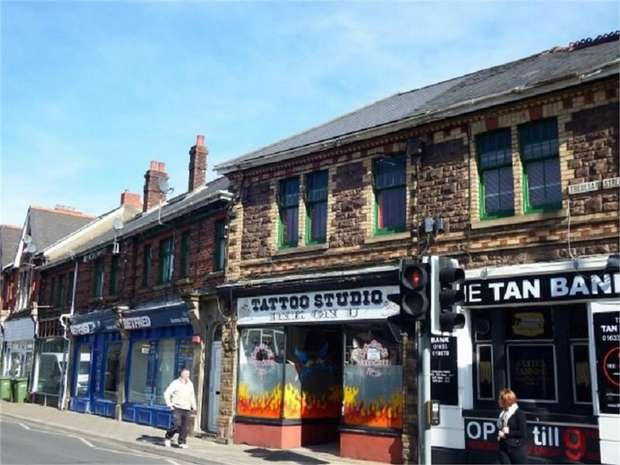 1 Bedroom Flat for sale in Tredegar Street, Risca, Newport, Caerphilly