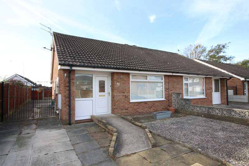 2 Bedrooms Semi Detached Bungalow for sale in Totnes Drive, Marshside, Southport