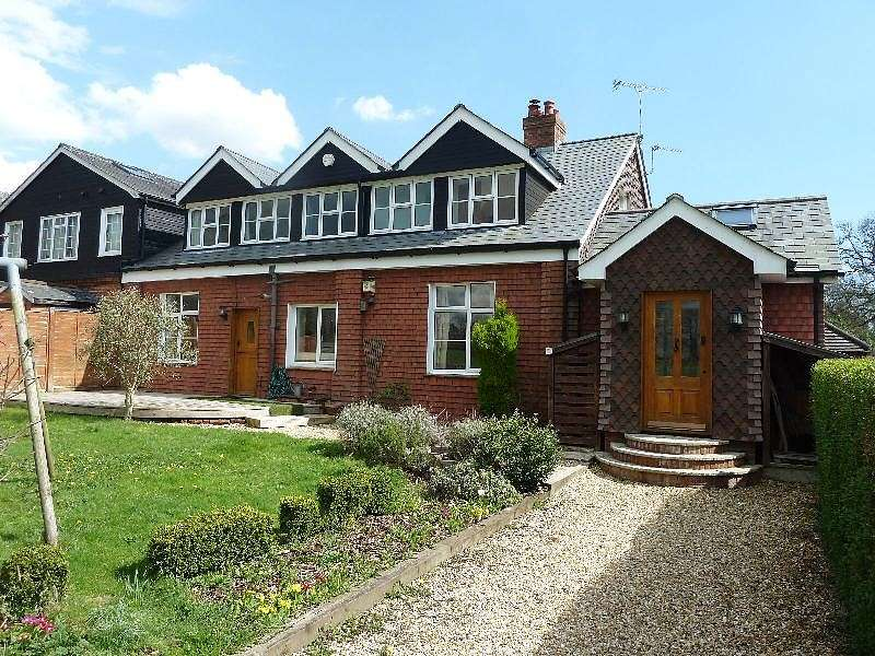 3 Bedrooms House for sale in Old Croft Farm, Boorley Green, SO32