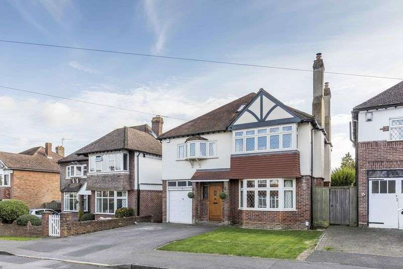 5 Bedrooms Detached House for sale in Queen Anne's Drive, Bedhampton