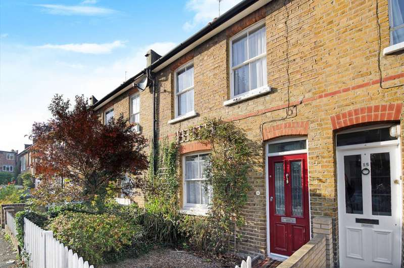 2 Bedrooms Terraced House for sale in Beaconsfield Road, Surbiton, KT5