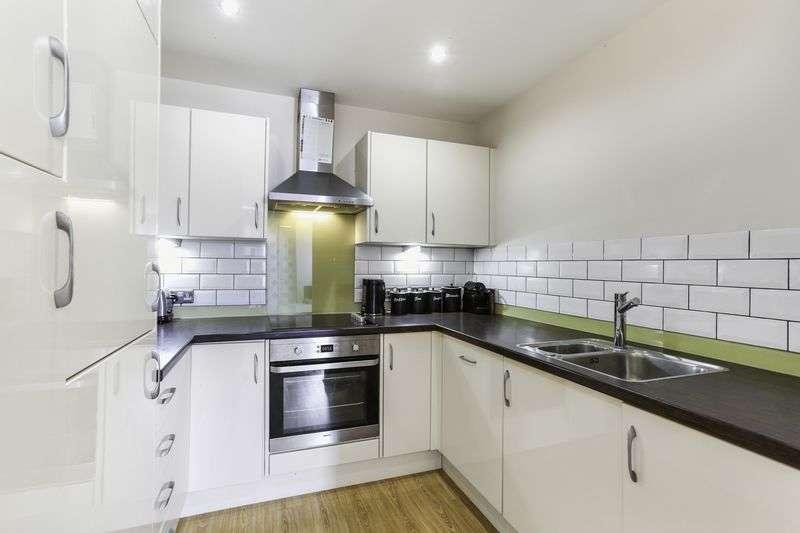 1 Bedroom Flat for sale in Webber Street, London
