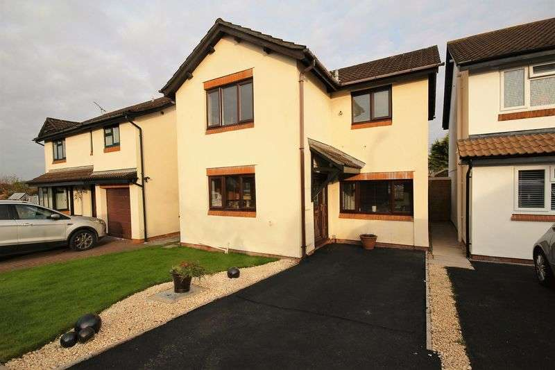 3 Bedrooms Detached House for sale in Clos Llewellyn, Cardiff
