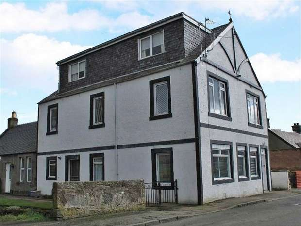 3 Bedrooms Flat for sale in Kilbagie Street, Kincardine, Alloa, Fife