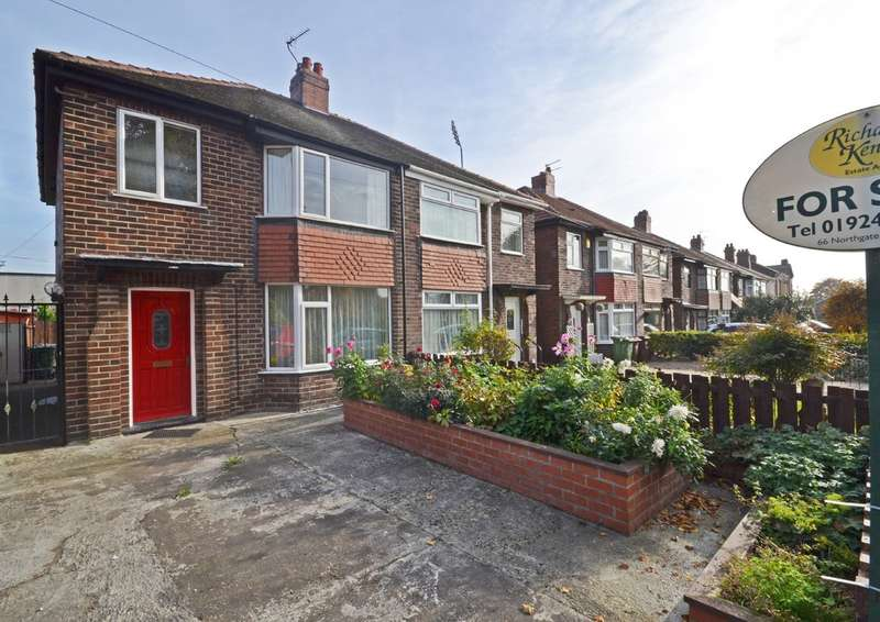 3 Bedrooms Semi Detached House for sale in Regent Street, Wakefield