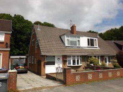 3 Bedrooms Bungalow for sale in Ravenswood Avenue, Wigan, Greater Manchester, WN3