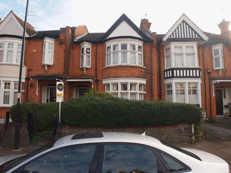 3 Bedrooms House for sale in New River Crescent, Palmers Green