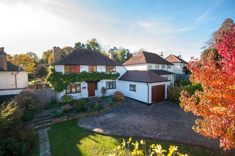 4 Bedrooms Detached House for sale in Church Hill, Merstham, RH1