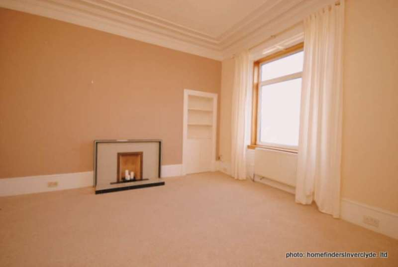 2 Bedrooms Apartment Flat for sale in Lilybank Rd, Port Glasgow