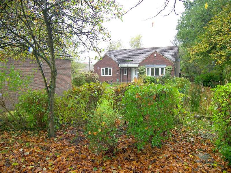 3 Bedrooms Detached Bungalow for sale in Kirkby Lane, Pinxton, Nottingham, Derbyshire, NG16