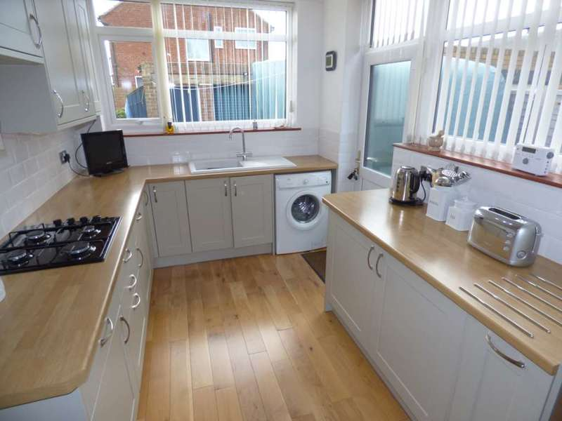 3 Bedrooms Semi Detached House for sale in ***REDUCED***Aintree Road, Redcar