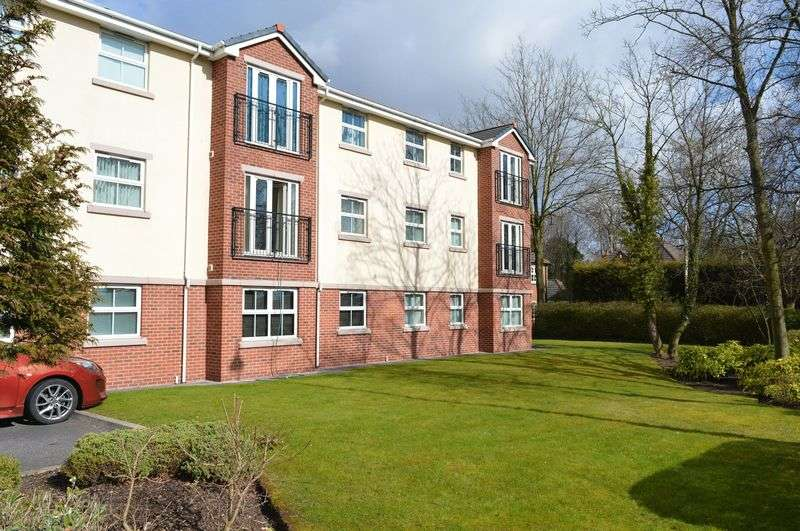 2 Bedrooms Flat for sale in Planewood Gardens, Lowton, WA3 2BS