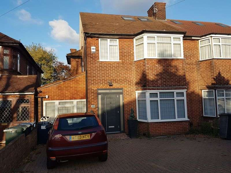 5 Bedrooms Semi Detached House for sale in Wolmer Gardens, Edgware, Middlesex, HA8 8PZ