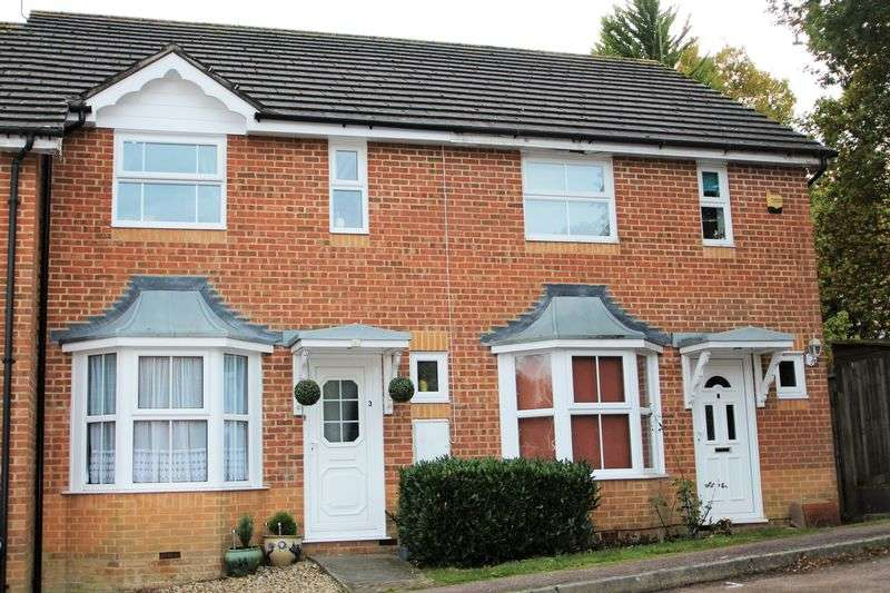 2 Bedrooms Terraced House for sale in Penfold Road, Maidenbower