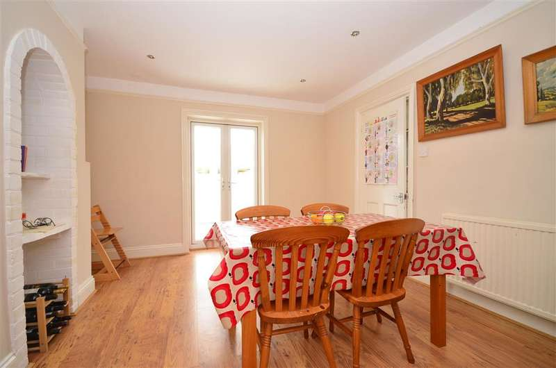 3 Bedrooms Semi Detached House for sale in Haywards Heath Road, North Chailey, Lewes, East Sussex