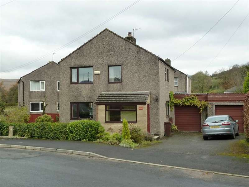 3 Bedrooms Property for sale in Palinwood Road, Delph, SADDLEWORTH, OL3