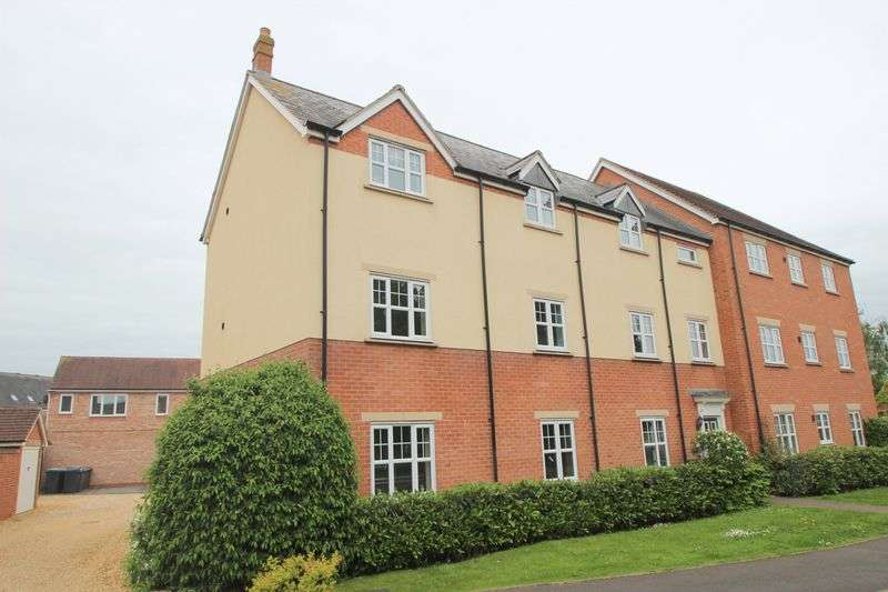 2 Bedrooms Flat for sale in Wordsworth Avenue, Stratford-Upon-Avon