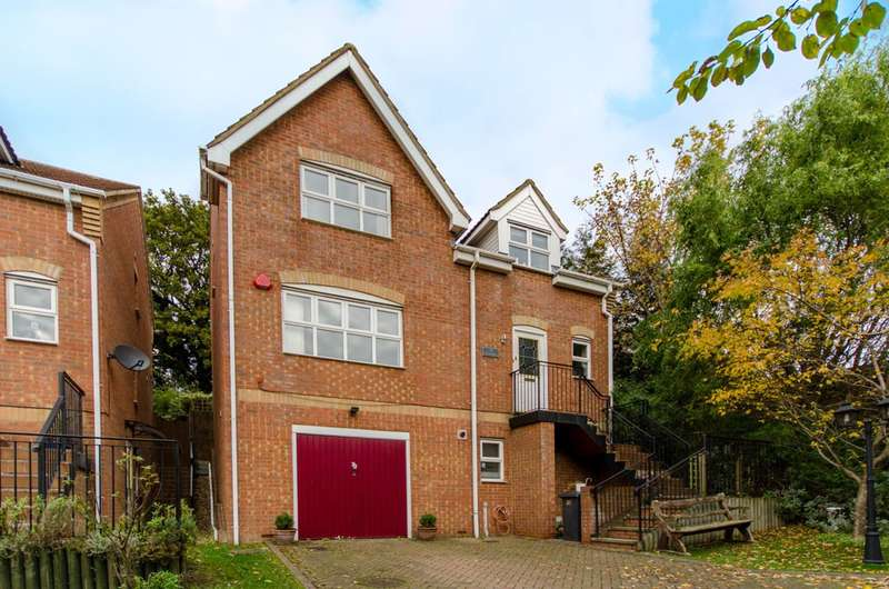 5 Bedrooms House for sale in Darlands Drive, High Barnet, EN5