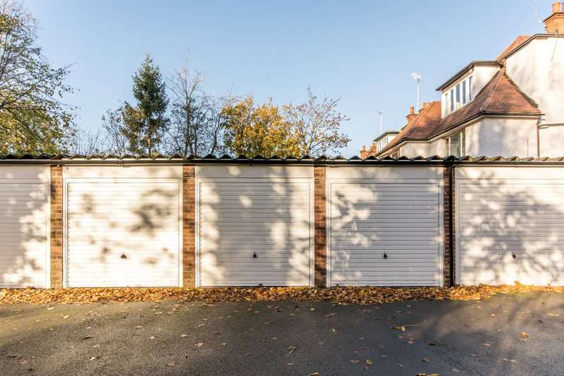 Garages Garage / Parking for sale in Teignmouth Lodge, Mapesbury Estate, NW2