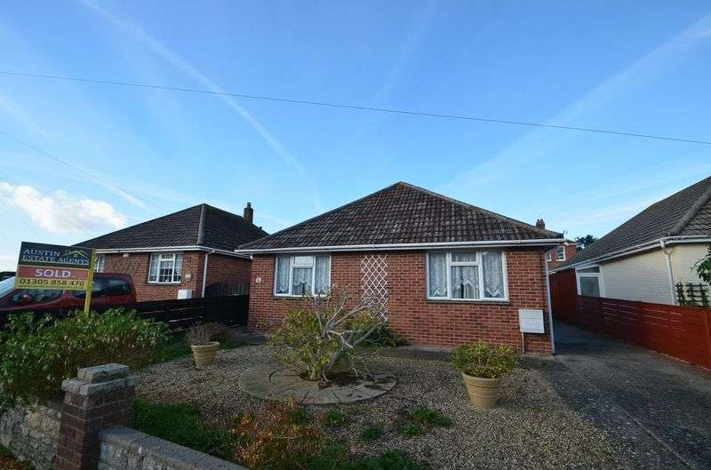 2 Bedrooms Detached Bungalow for sale in Roundham Gardens, Weymouth