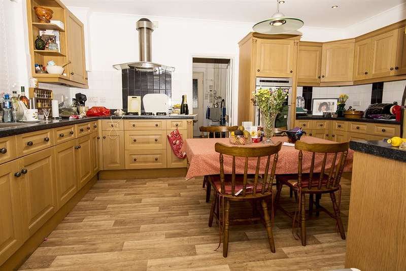 6 Bedrooms Detached House for sale in Grange Road, Shanklin, Isle of Wight