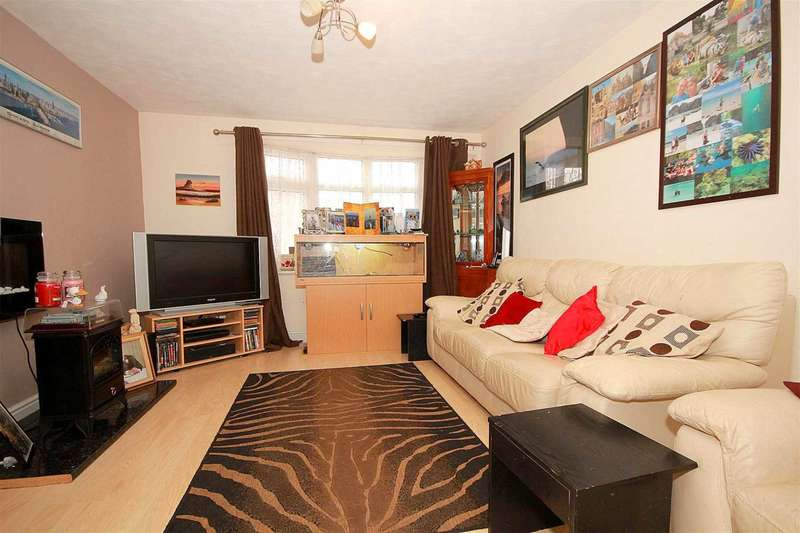 3 Bedrooms House for sale in 3 BEDroom family home located in this POPULAR residential situation