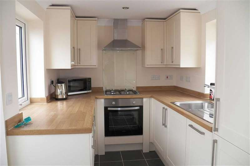 2 Bedrooms Property for sale in Bolahaul Road, Cwmffrwd, Carmarthen