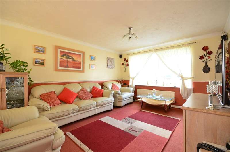 4 Bedrooms Detached House for sale in Hopfield Mews, Waterlooville, Hampshire