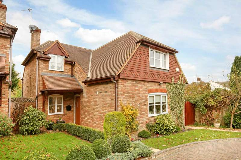3 Bedrooms Detached House for sale in Ship Lane, Pitstone