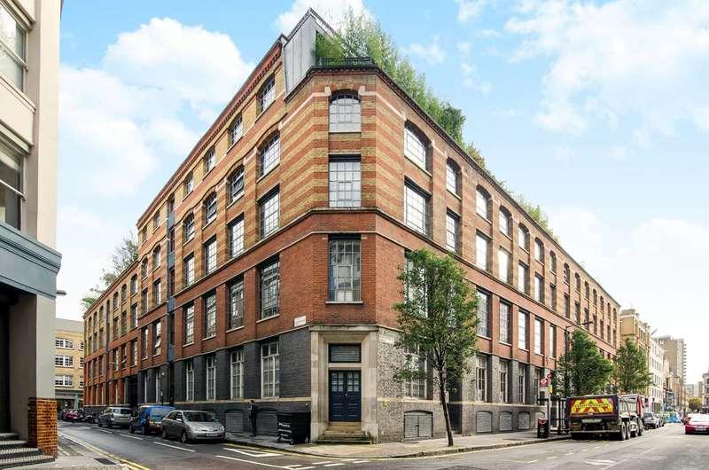 2 Bedrooms Flat for rent in Shepherdess Walk, Old Street, N1