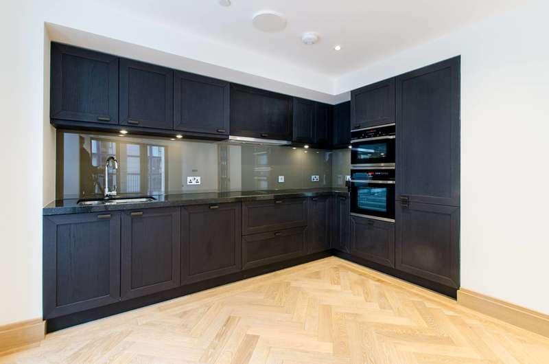 2 Bedrooms Flat for sale in Abell House, Westminster, SW1P