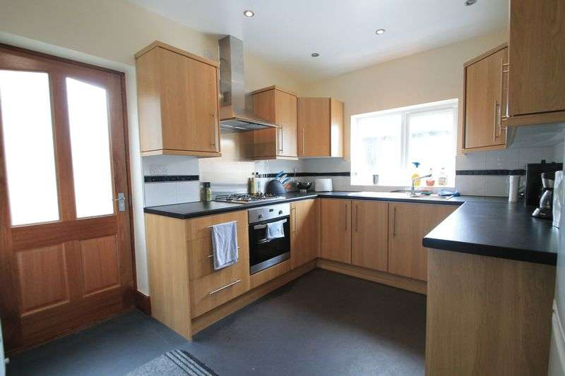 6 Bedrooms Terraced House for rent in Malefant Street, Cardiff