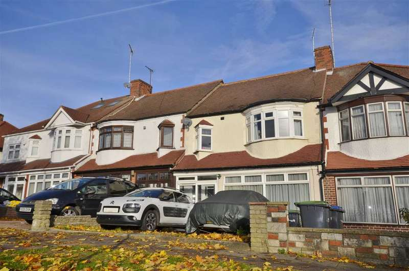 3 Bedrooms Terraced House for sale in Bowes Road, London