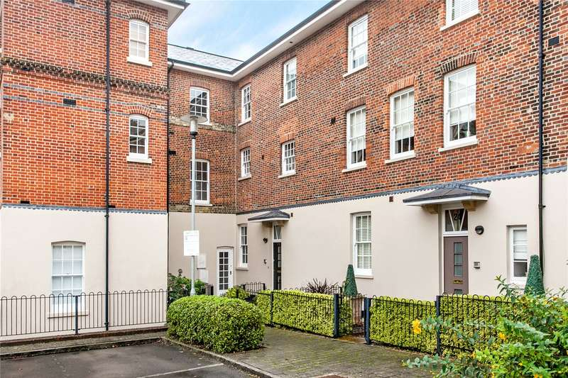 3 Bedrooms Mews House for sale in Alison Way, Winchester, Hampshire, SO22