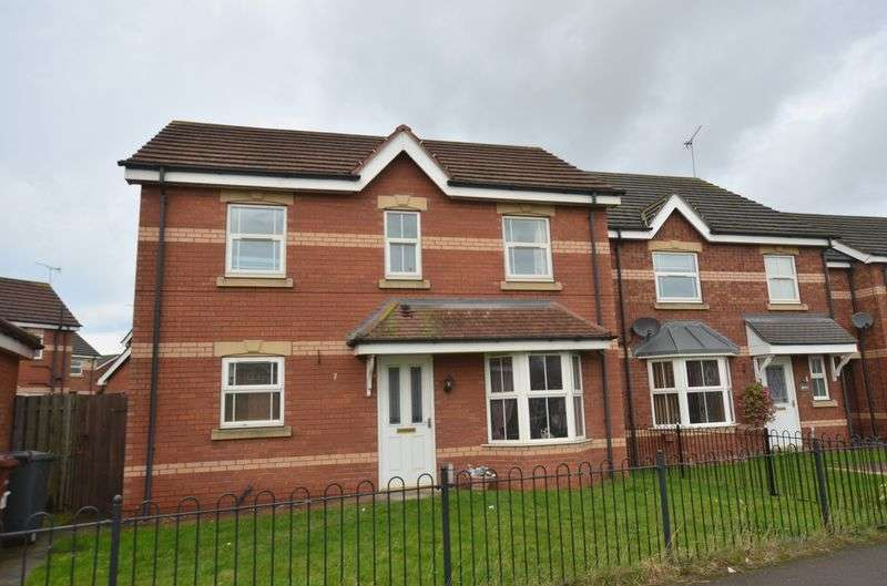 4 Bedrooms Detached House for sale in Daisy Close, Scunthorpe