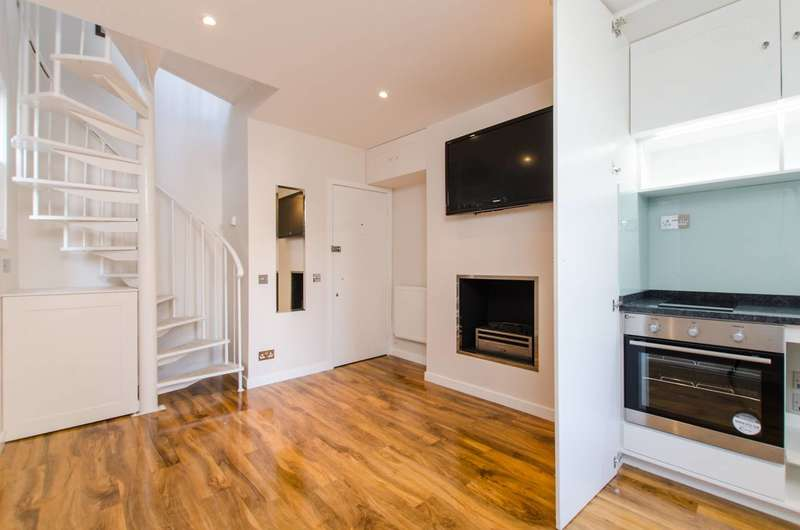 1 Bedroom Flat for sale in Battersea Park Road, Battersea, SW11