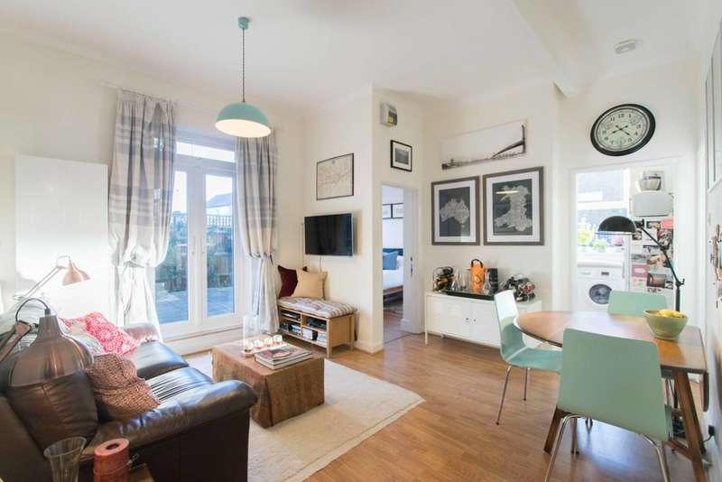 2 Bedrooms Flat for sale in Oakhill Road, Putney, SW15