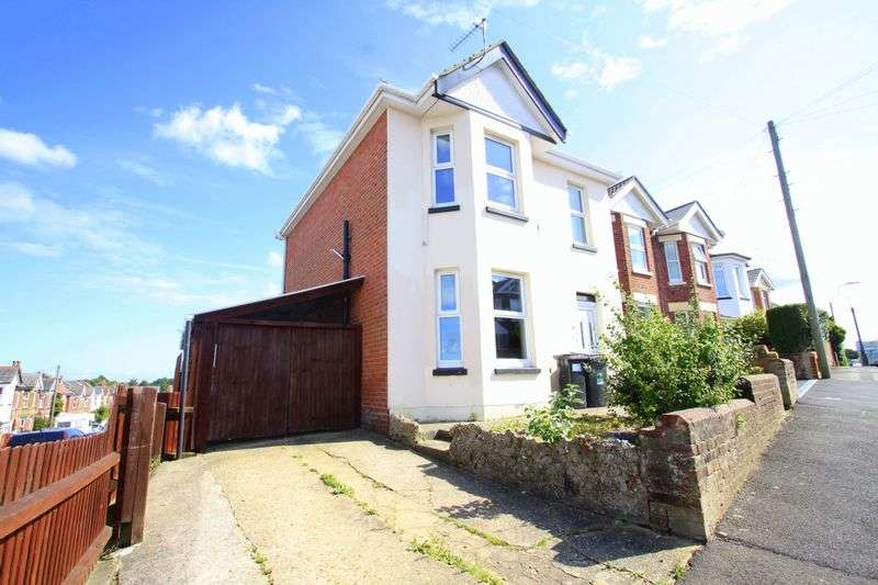 4 Bedrooms Detached House for rent in Bemister Road, Winton