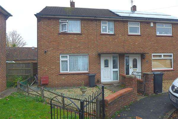 4 Bedrooms Property for rent in Graeme Close, Fishponds, Bristol