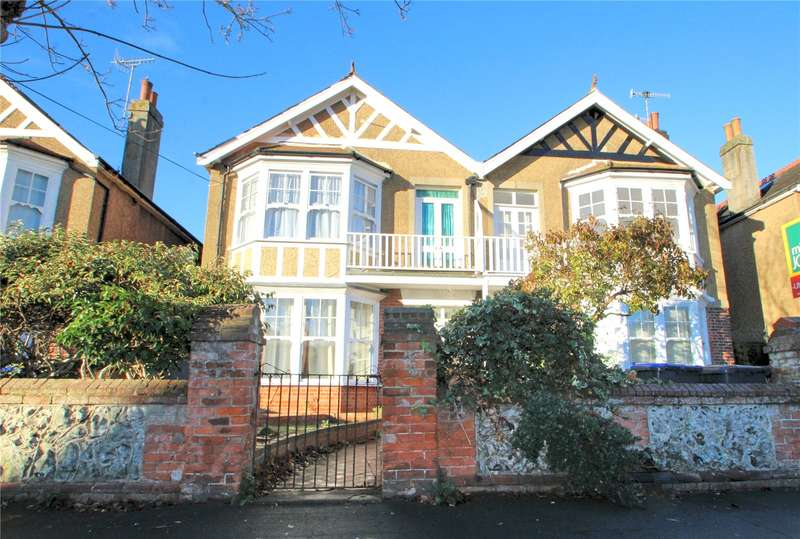 3 Bedrooms Semi Detached House for sale in Church Walk, Worthing, West Sussex, BN11